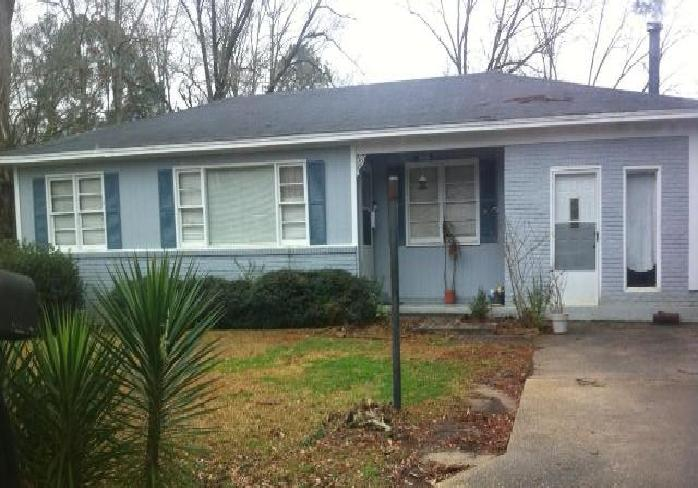 3923 28th St, Meridian, MS 39307