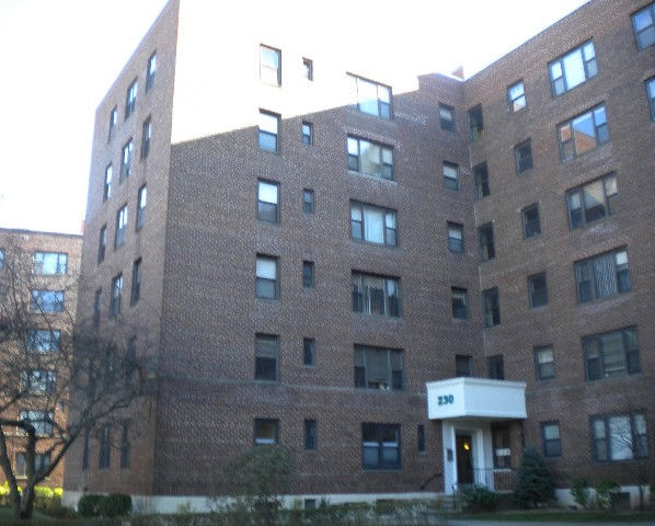 230 Pelham Rd Unit 6r, New Rochelle, NY 10805