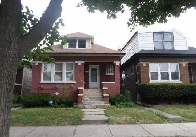 4166 W Barry Ave, Chicago, IL 60641