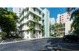 1751 Washington Ave Unit 4G Miami Beach, FL 33139