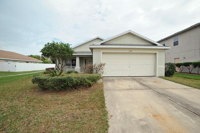 11909 AUTUMN CREEK DR, Riverview, FL 33569
