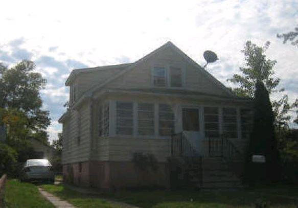 7 Lee St, South River, NJ 08882