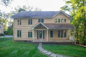 34 Holland Rd Pittsburgh, PA 15235