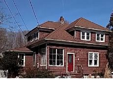 29 Red Bridge Rd Center Moriches, NY 11934