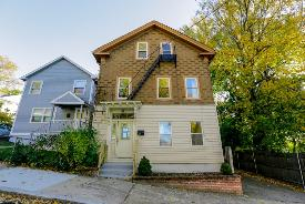 61 Grand View St Providence, RI 02906