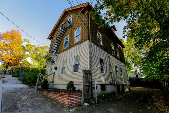 61 Grand View St, Providence, RI 02906
