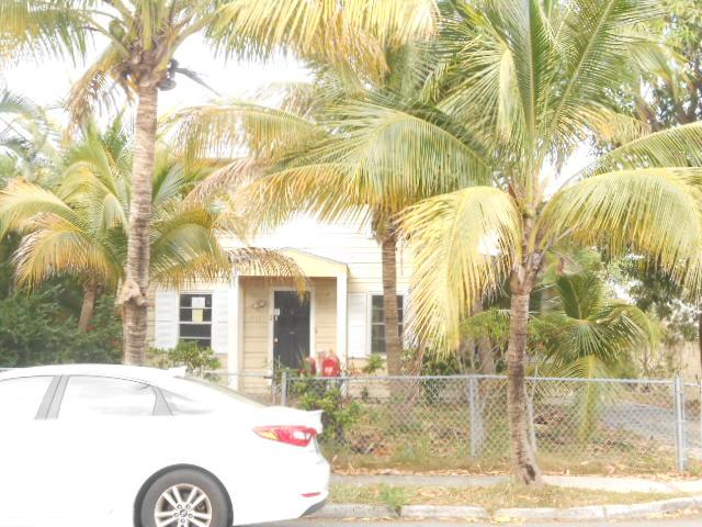 411 El Vedado, West Palm Beach, FL 33405