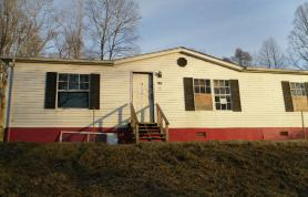 125 Taylor St Crab Orchard, WV 25827