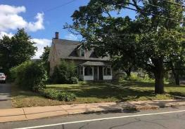149 Pine St Manchester, CT 06040