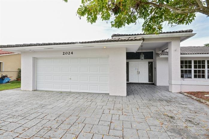 2024 Nw 86th Terrace, Coral Springs, FL 33071