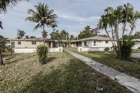 14900 Ne 5th Ct Miami, FL 33161