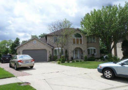 9105 Woodland Dr Hickory Hills, IL 60457