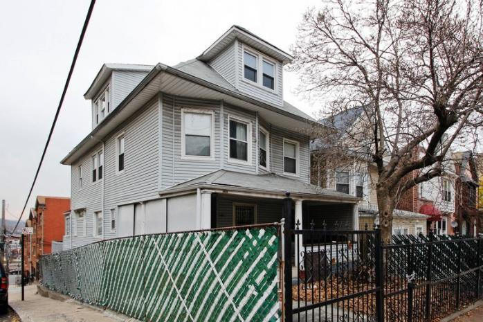 2675 Heath Ave, Bronx, NY 10463