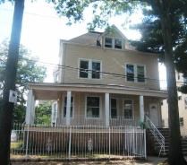 2 Laurel Pl Newark, NJ 07106