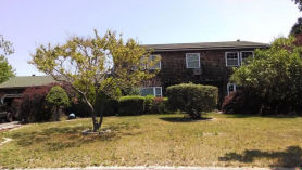 15 Kyle St Bellport, NY 11713
