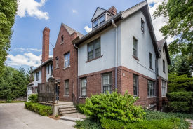 12 Rathbone Pl Grosse Pointe, MI 48230