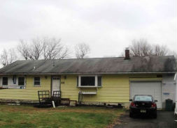 44 Center St Ogdensburg, NJ 07439