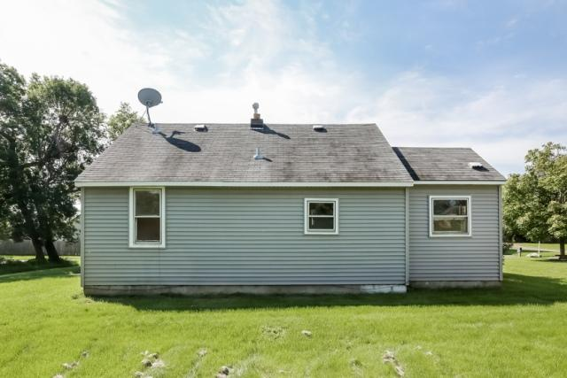 2200 84th Ave N, Brooklyn Park, MN 55444
