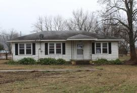 301 East Jefferson St Mountain View, AR 72560