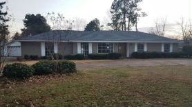 103 Country Club Dr Greenwood, MS 38930
