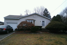 224 Sheffield Ave West Babylon, NY 11704