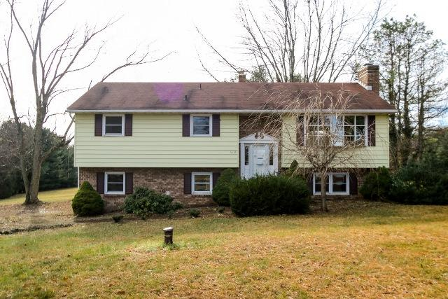 5135 Hoffmanville Rd, Manchester, MD 21102