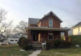 312 4th St Fremont, OH 43420