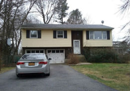 219 Beech Rd Yorktown Heights, NY 10598