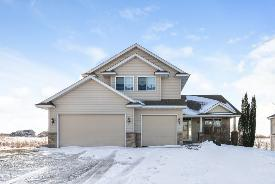 3014 Aaron Dr New Market, MN 55054
