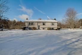 100 Narrow Ln Phillipston, MA 01331
