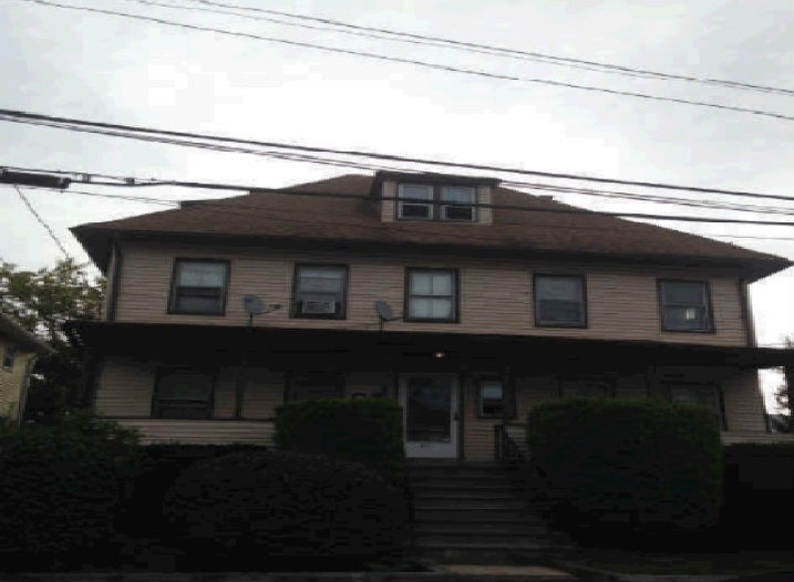 62 Grandview Ave, Port Chester, NY 10573