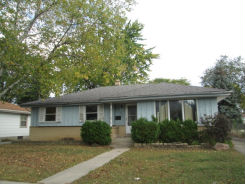 6918 W Brentwood Ave Milwaukee, WI 53223