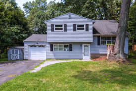 24 Young Dr Stanhope, NJ 07874