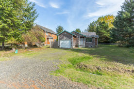 392 Bass Ave NE Ocean Shores, WA 98569