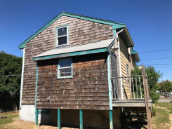 10 Middle St Swansea, MA 02777