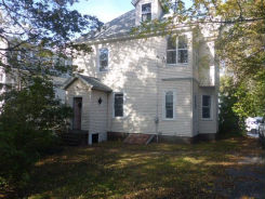 3 Lyford St Worcester, MA 01605