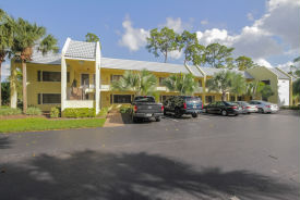 711 FOREST CLUB DR UNIT 317 Wellington, FL 33414