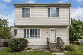 686 QUARRY ST Fall River, MA 02723