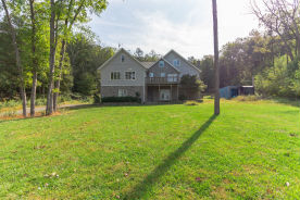 205 Plantation Dr Lehighton, PA 18235
