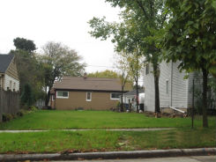 9319 W Adler St Milwaukee, WI 53214