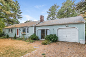 445 Nye Rd Centerville, MA 02632