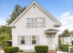 189 W Main St Norton, MA 02766