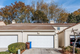 2 Dome Ct Hercules, CA 94547