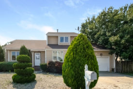 701 Stephanie Ct Forked River, NJ 08731
