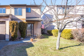 6 Grosvenor Mews Middletown, NY 10940