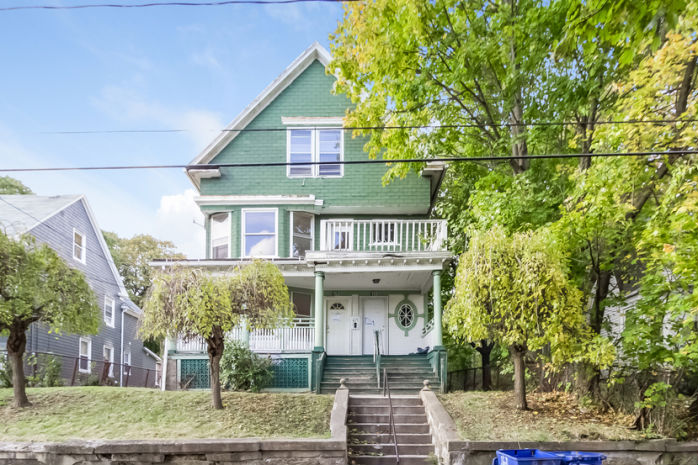 153 Easton Ave, Waterbury, CT 06704