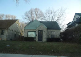 2209 W Hampton Ave Milwaukee, WI 53209