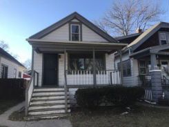 4865 N 36th St Milwaukee, WI 53209