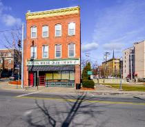 39 West Main Street Middletown, NY 10940