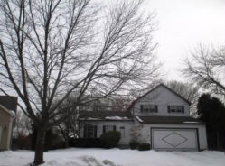 8 Montana Ct Cary, IL 60013